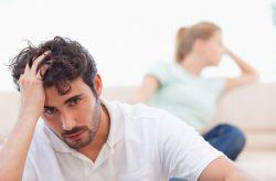 Triệu chứng đau tinh hoàn trái ở nam giới