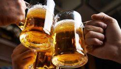 Uống nhiều rượu bia ảnh hưởng đến yếu sinh lý nam giới