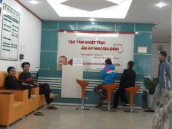 Bệnh nhân chờ khám tại phòng khám đa khoa Thiện Hòa
