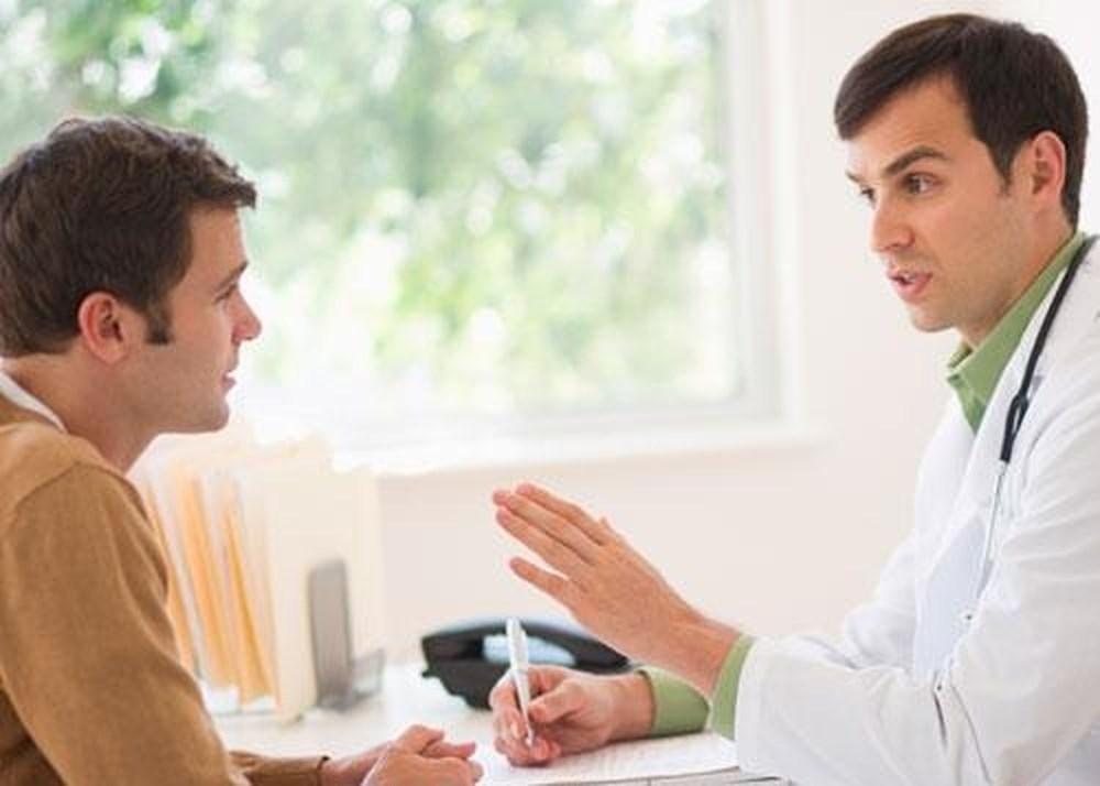 Bị viêm tuyến tiền liệt có nên quan hệ không?